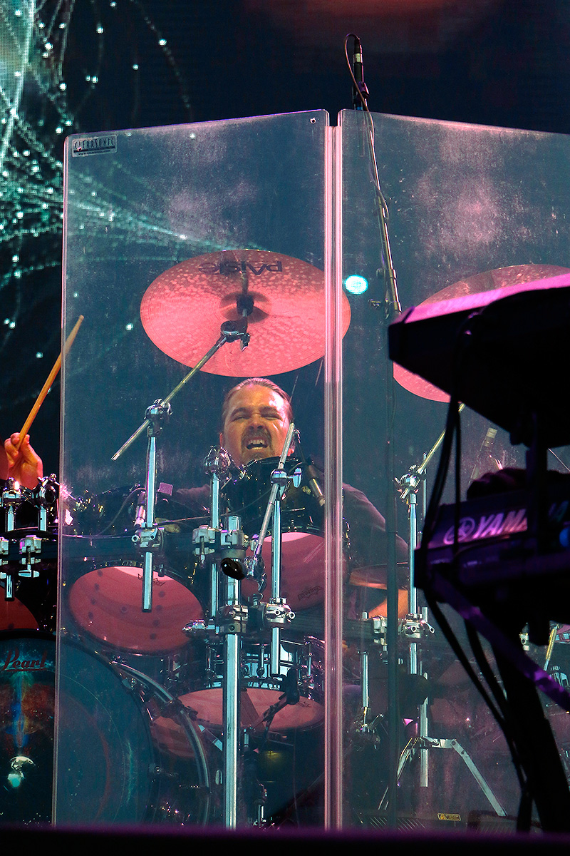Drummer Shannon Forrest playing so wildly that he's surrounded by a transparent cage. Picture: Tony Öhberg for Finland Today